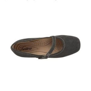 Trotters Simmy Graphite Suede Mary Jane's. 5 1/2M